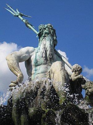A Neptunusz megáll, majd visszafordul