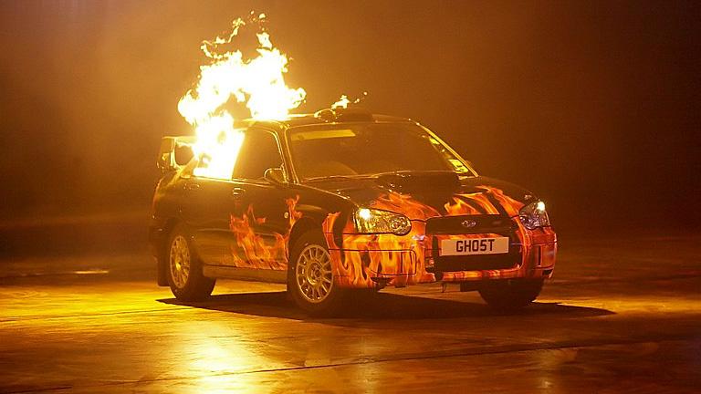 Interjú a Top Gear készítőivel - Nekik egy autó akkor is vezethető, hogyha lángol