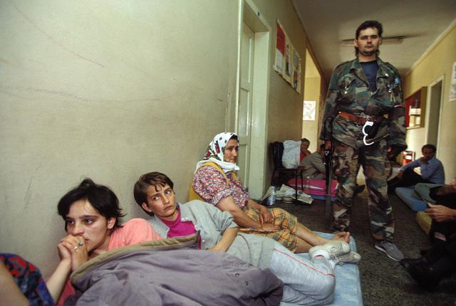 Menekülttábor a boszniai Mostarban