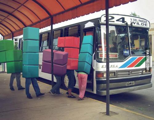 10 utastípus, akiktől megőrülünk a buszokon