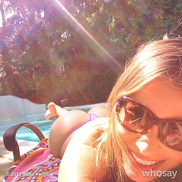 7 bikinis fotó a legdögösebb negyvenes színésznőről