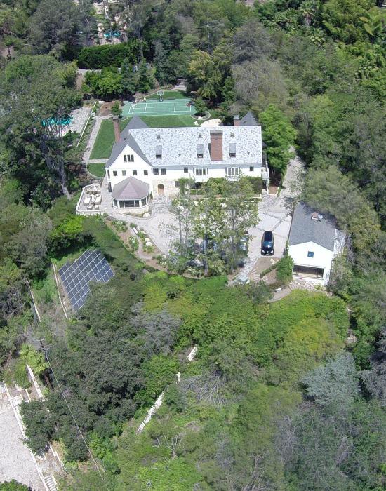 Sandra Bullock otthona, ahova betört a zaklató