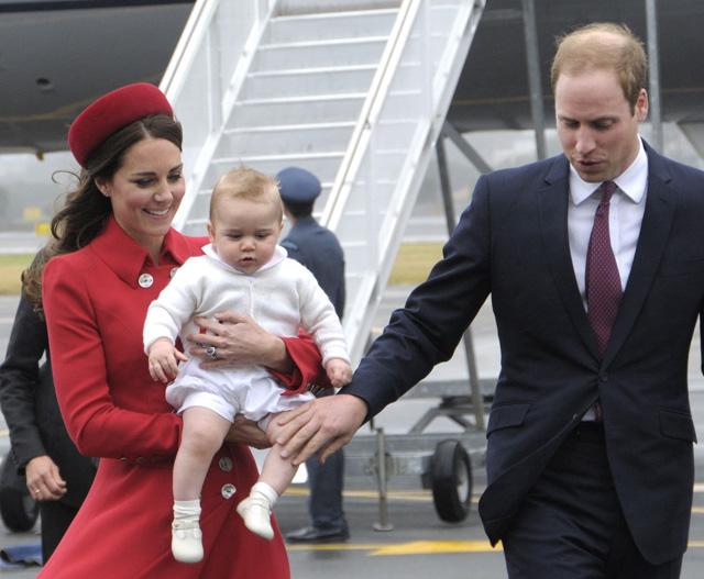 10 első a ma 1 éves György herceg életéből