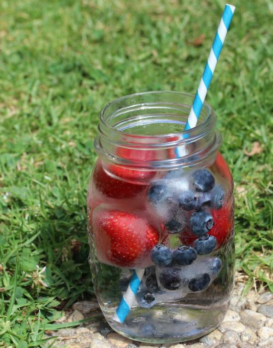 Uncsi a viz? Dobd fel gyümölcsjeggekkel!