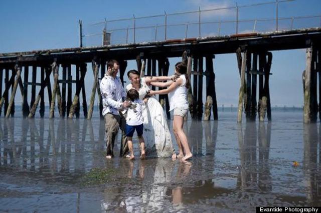 Piszkos család, boldog család - képek
