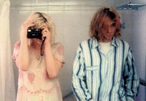 Kurt Cobain már 1992-ben tudta mi lesz a menő 20 évvel később - fotó