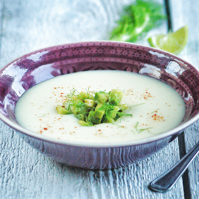 Mit főzzek ma vacsira? Hideg levest!
