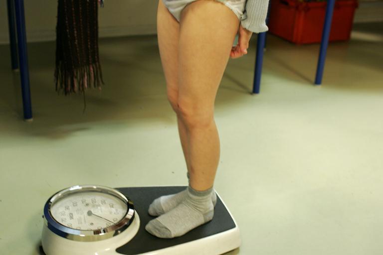Megalázzák a gyerekeinket a testzsírméréssel?