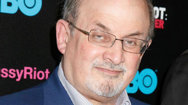 Rangos elismerést kapott Salman Rushdie