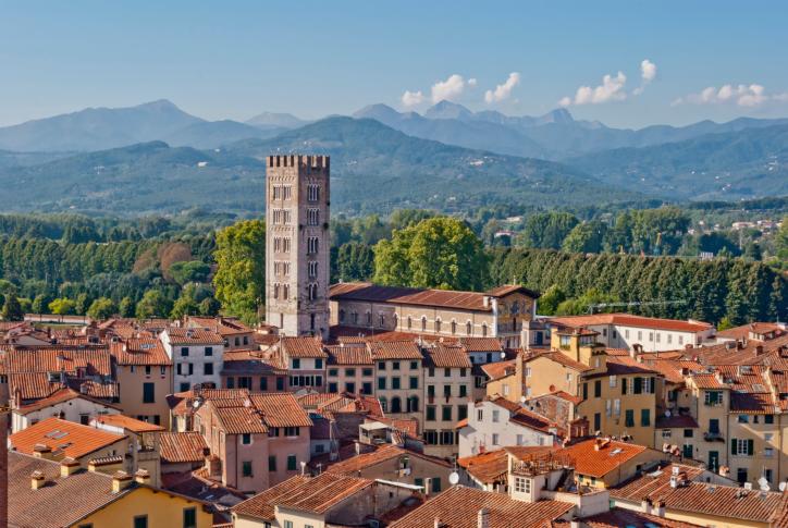 9 ok, amiért utazzunk el Luccába!