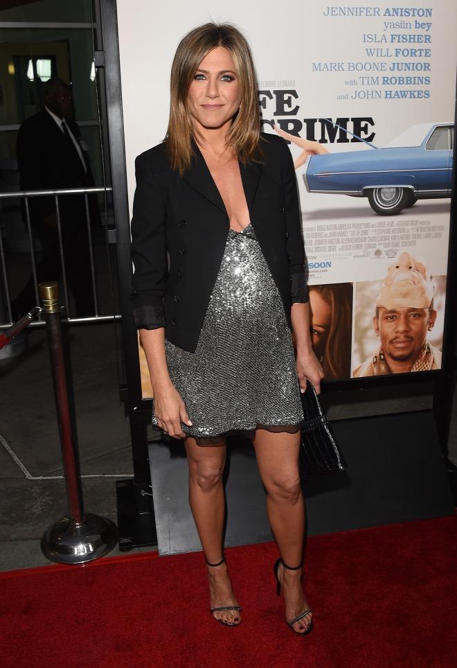 Jennifer Aniston legkínosabb ruhaválasztása - fotó