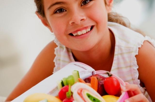 Mivel tegyük színessé a gyerekek étrendjét?