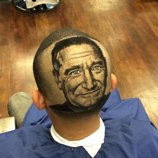 Nem hiszed el, mire képes ez a hajszobrász