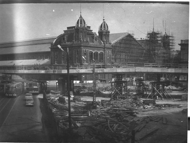 Fotó: Mezei Pál - Nyugati téri felüljáró építése (1980)