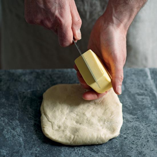 Lépésről lépésre: így készül az igazi croissant