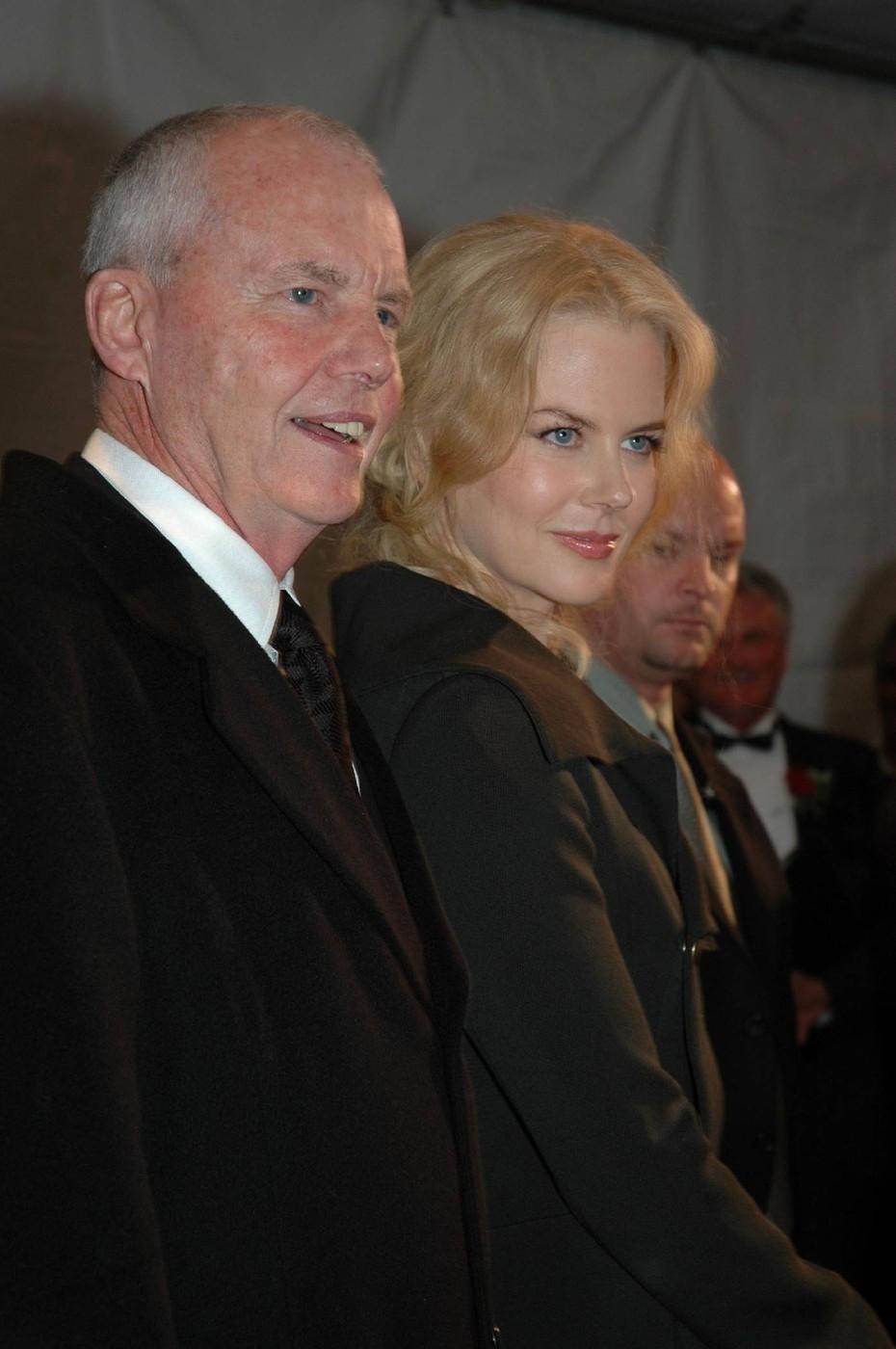 Friss! Balesetben meghalt Nicole Kidman apja
