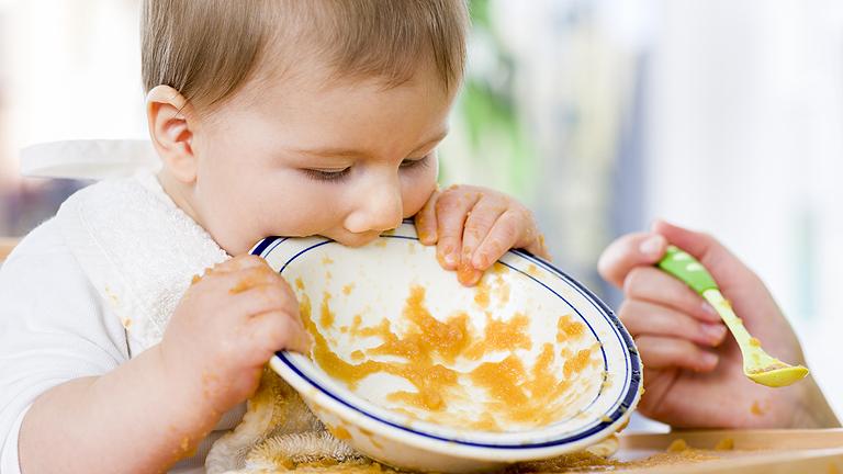 Ha sok spenótot eszik okosabb lesz? Vas a totyogók étrendjében.