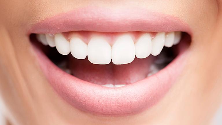 Fehér fogak, friss lehelet - a rágózás önbizalmat ad!