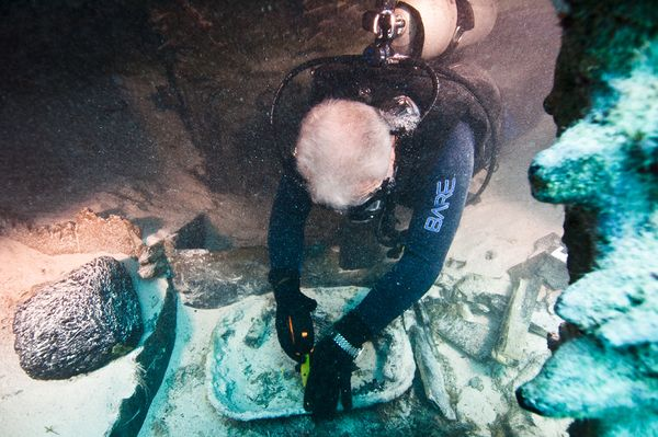 150 éves illatokat rejtett az óceán mélye