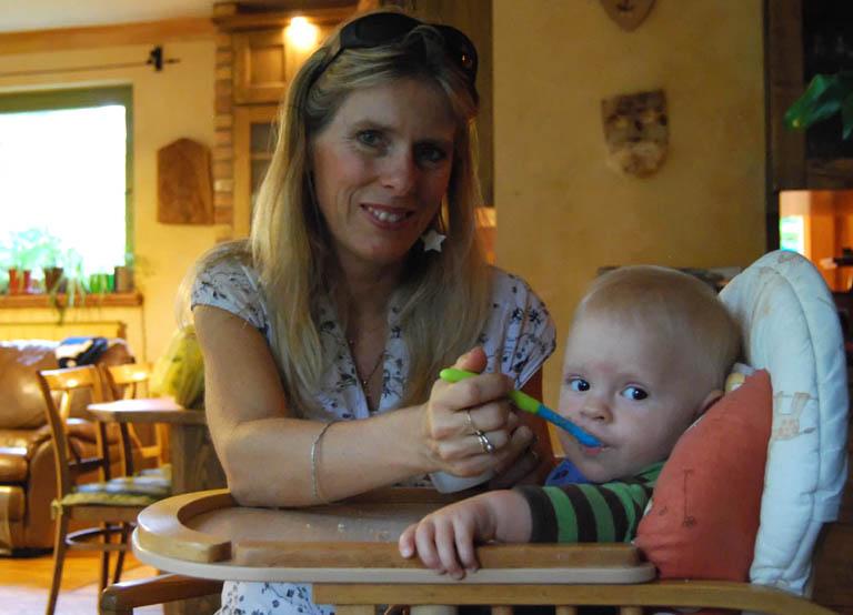 Tíz hónapos kisfiával jár külföldi konferenciákra a magyar klímakutató