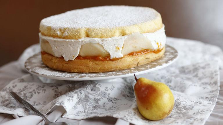 Körtés-barackos Charlotte-torta