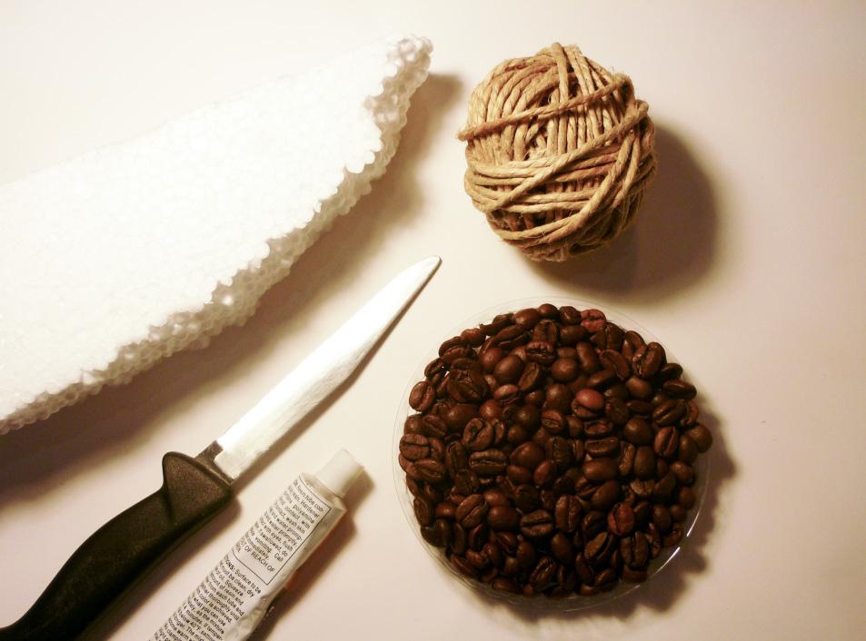Csináld magad: cuki süni kávészemekből