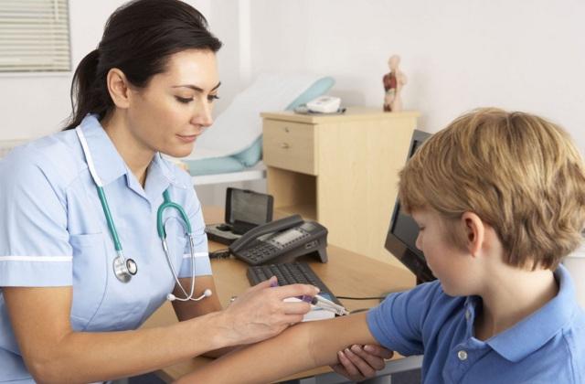 Kötelező és ajánlott védőoltások
