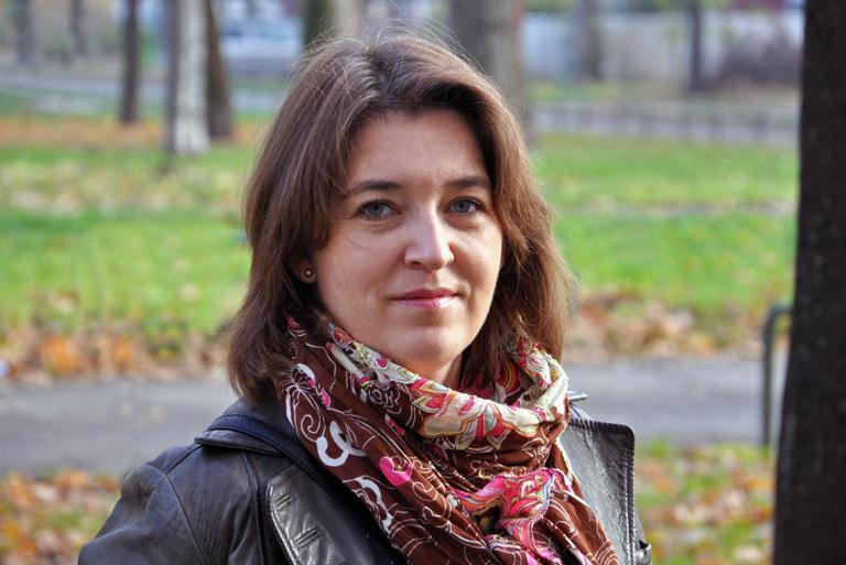 Hogyan lesz egy lengyel irodalomtanárból befutott ékszerész Magyarországon?