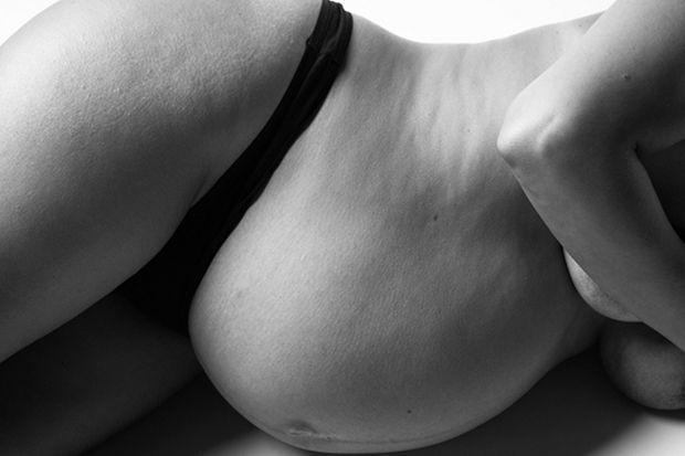 Ilyen a terhes nők teste - igenis gyönyörű