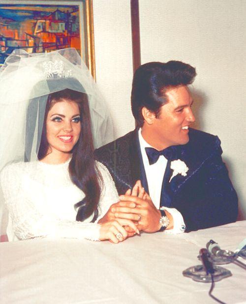 1967-ben vette el Priscilla Beaulieu. Priscilla mindössze 14 éves volt, amikor megismerte Elvist.