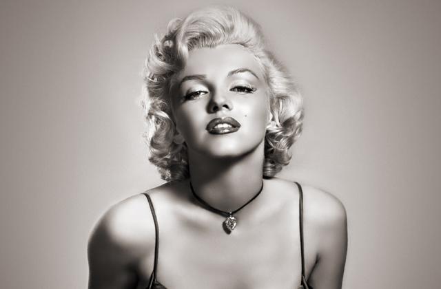 Halála után 53 évvel sminkcuccokat reklámoz Marilyn Monroe