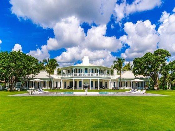Íme Celine Dion mesébe illő tengerparti luxusháza