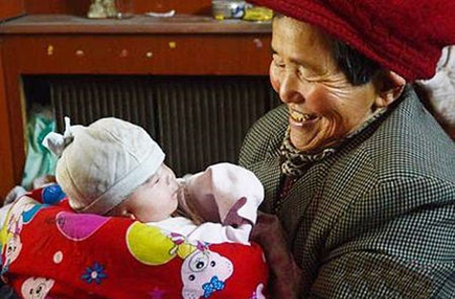 39 fogyatékossággal élő gyereket fogadott örökbe, ezért megbüntetik