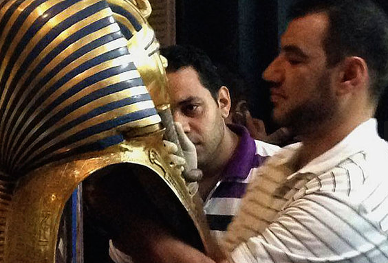 Cáfolta Egyiptom, hogy megsérült Tutanhamon maszkja