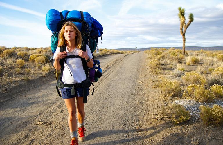 Reese Witherspoon 1500 kilométert gyalogolt azért, hogy új életet kezdjen – Vadon filmkritika