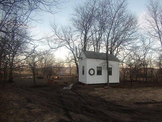 130 ezer forintból épített házat két egyetemista