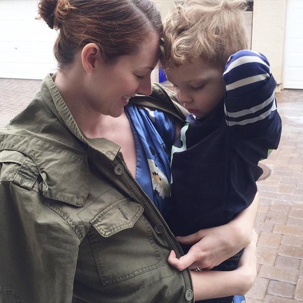 Egy héten át a kisfia öltöztette az anyát