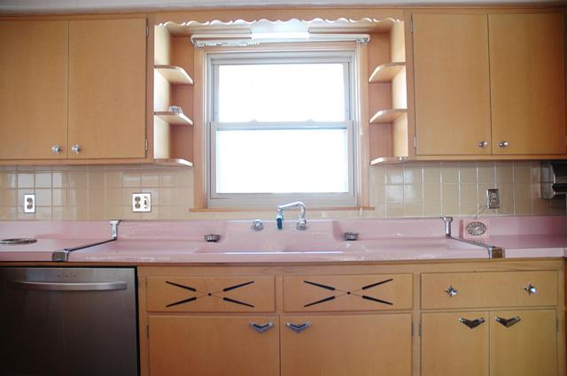 Így néz ki egy konyha, amihez az ötvenes évek óta nem nyúltak - fotók