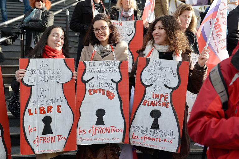 Több ezren ünnepelték Párizsban januárban az abortusz legalizálásának negyvenedik évfordulóját