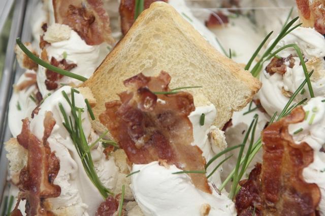 Baconos, snidlinges kenyérfagyi