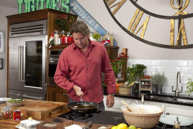 Így néz ki a brit sztárszakács, James Martin konyhája