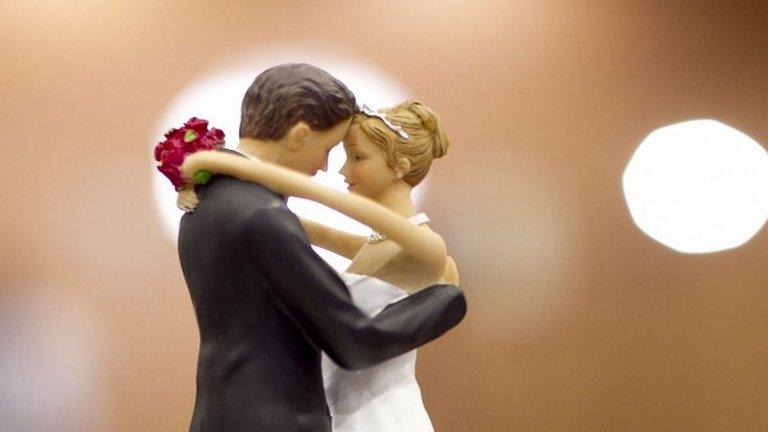 Ostobaság a szerelmi házasság?