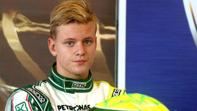 Mick Schumacher kisodródott az első tesztelésen