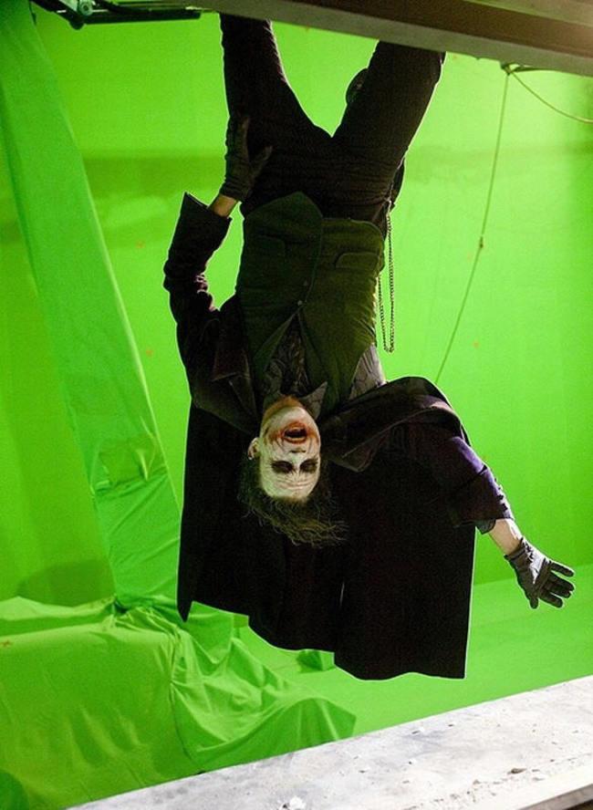 Joker a Batman forgatásán szereptévesztésben