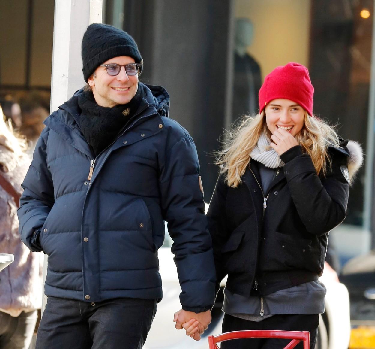 A pár december végén még ilyen boldognak tűnt