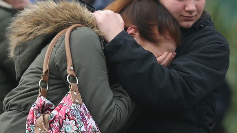 Nővér, kismama, operaénekes és egy csapat diák: világszerte gyászolják a 150 áldozatot
