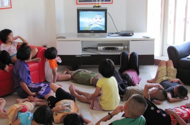 TV és a gyerekek - praktikák a televíziózáshoz