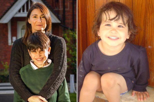 7 évesen, anyját átölelve szólalt meg a fiú először