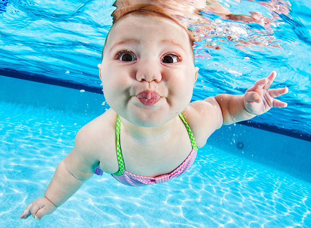 Tündéri fotók: babák a víz alatt