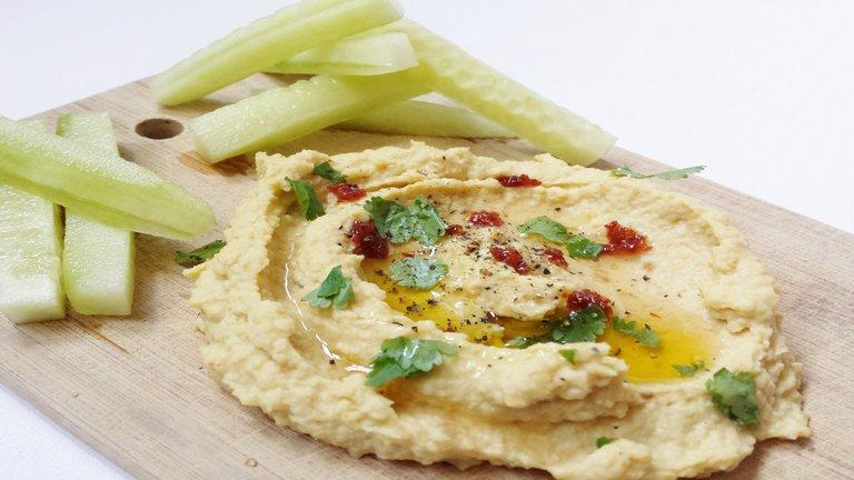Hummusz: gyerekbarát nassolnivaló 10 percben
